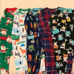 5 assorted pajamas for baby